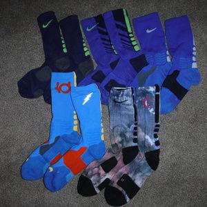 Nike Elite 5 Pair Bundle Men's Socks sz Medium